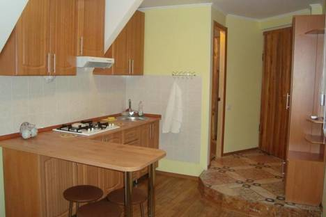Сдается 1-комнатная квартира посуточно в Гурзуфе, Санаторная ул., 5a.