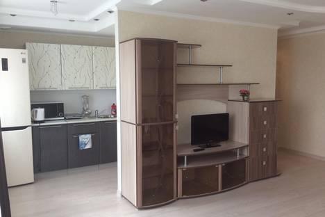 Сдается 1-комнатная квартира посуточно в Каменск-Уральском, Проспект Победы,1.