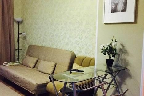 Сдается 3-комнатная квартира посуточно в Нижнем Тагиле, Мира,34*(центр).