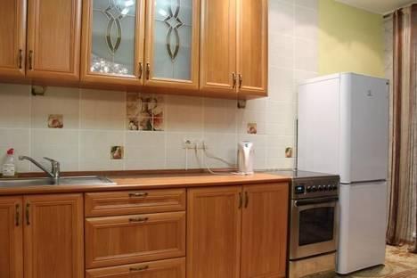 Сдается 1-комнатная квартира посуточнов Омске, Звездова 132/1.