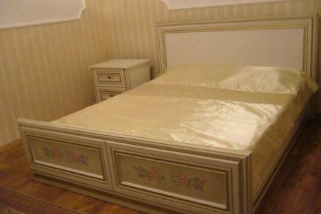 Сдается 2-комнатная квартира посуточно в Ливадии, пер Севастопольский д 17.