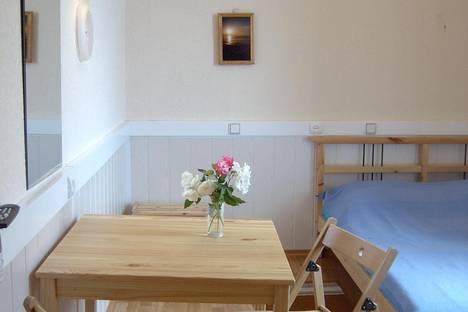 Сдается 1-комнатная квартира посуточно в Новом Свете, ул. Голицына, 11.