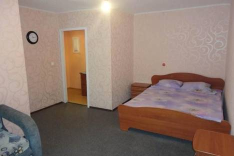Сдается 1-комнатная квартира посуточнов Саранске, Ботевградская, 104.