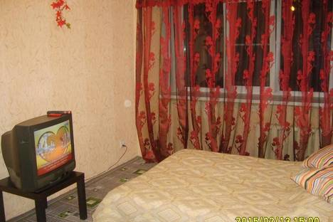 Сдается 1-комнатная квартира посуточно, Суворова, 38.