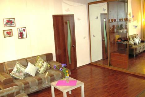 Сдается 2-комнатная квартира посуточнов Перми, Чкалова, 18.