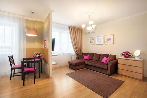Сдается 1-комнатная квартира посуточнов Екатеринбурге, Токарей, 26.
