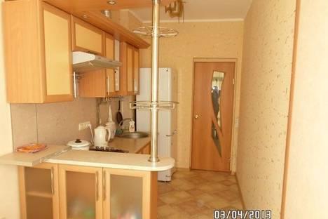 Сдается 1-комнатная квартира посуточнов Омске, ул.Полковая дом 32.