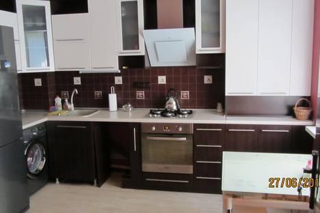 Сдается 2-комнатная квартира посуточно в Ялте, Садовая, 22.