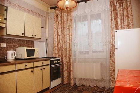 Сдается 1-комнатная квартира посуточно в Жуковском, ул. Гагарина, 40.