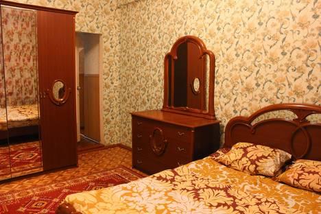 Сдается 2-комнатная квартира посуточно в Кирове, Пролетарская 41.