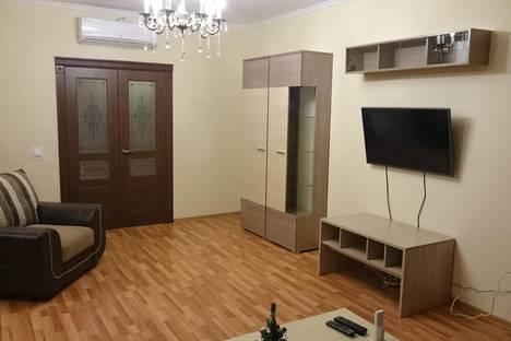 Сдается 2-комнатная квартира посуточнов Екатеринбурге, ул. Шейнкмана, 88.