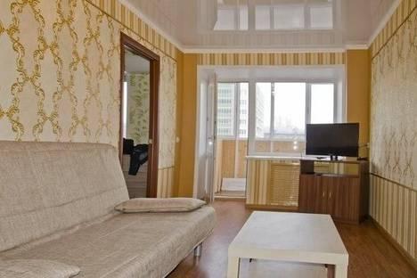 Сдается 2-комнатная квартира посуточнов Казани, ул. Татарстан, 72.