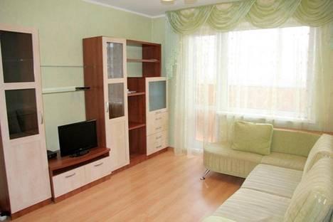 Сдается 1-комнатная квартира посуточно в Гатчине, ПРОСПЕКТ 25 ОКТЯБРЯ  дом 46.