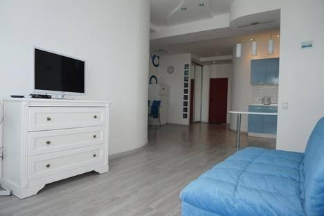 Сдается 2-комнатная квартира посуточно в Ялте, Руданского 8.
