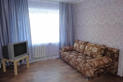Сдается 1-комнатная квартира посуточнов Кургане, ул. Володарского, 54.