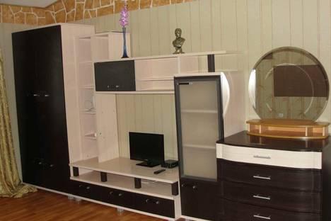 Сдается 1-комнатная квартира посуточно в Ханты-Мансийске, Мира, 14.