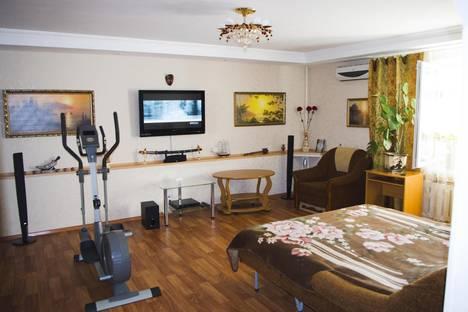 Сдается 2-комнатная квартира посуточнов Малом маяке, ул. Фрунзенское Шоссе д.6а.