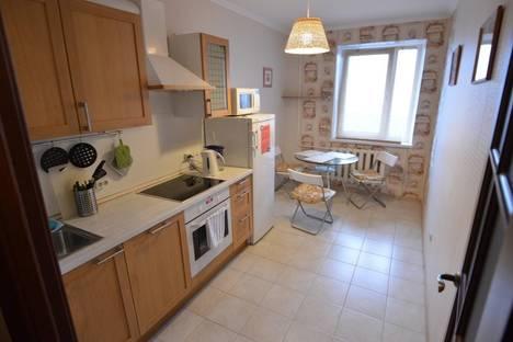Сдается 1-комнатная квартира посуточнов Санкт-Петербурге, проспект Луначарского, 7.