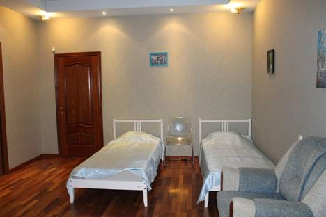 Сдается 4-комнатная квартира посуточно в Санкт-Петербурге, Лиговский проспект, д.58.