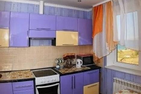 Сдается 2-комнатная квартира посуточнов Щелкином, 3 микрорайон, 98.