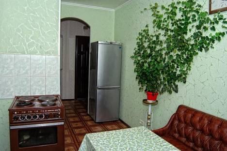 Сдается 2-комнатная квартира посуточнов Щелкином, 3 микрорайон, 89.