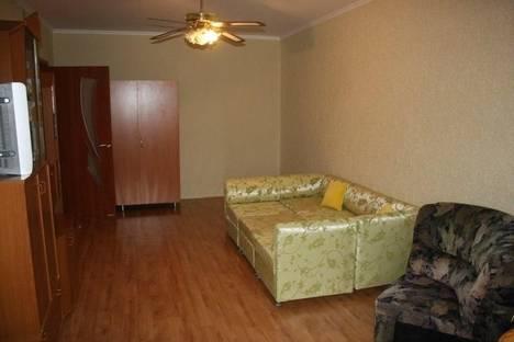Сдается 1-комнатная квартира посуточнов Щелкином, 2 микрорайон, 40.