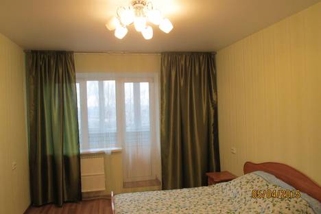 Сдается 2-комнатная квартира посуточнов Воронеже, Арсенальная, 4А.
