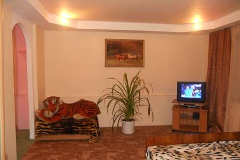 Сдается 2-комнатная квартира посуточно в Кисловодске, ул. Куйбышева, 21.