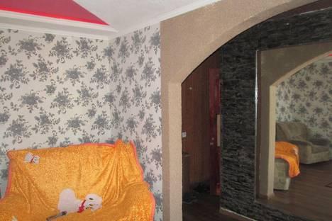 Сдается 2-комнатная квартира посуточно в Караганде, ул. Ержанова, 31.