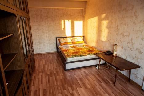 Сдается 2-комнатная квартира посуточнов Жуковском, ул. Судостроительная, 1.