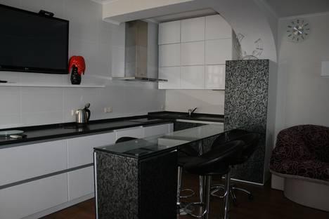 Сдается 2-комнатная квартира посуточно в Партените, Прибрежная 7(3).