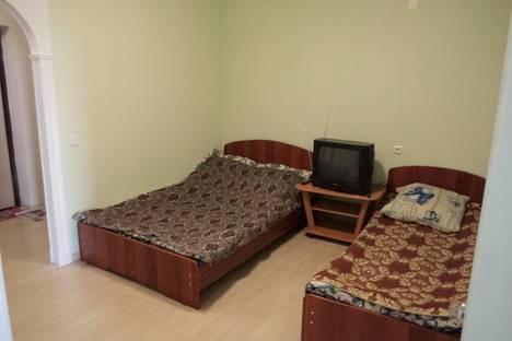 Сдается 3-комнатная квартира посуточно в Кирове, Октябрьский проспект, д.157.