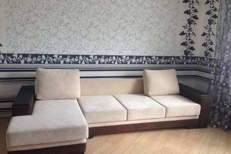 Сдается 2-комнатная квартира посуточно, ул. Волочаевская, 124.
