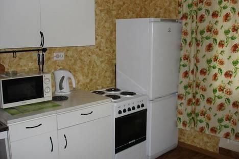 Сдается 1-комнатная квартира посуточно в Подольске, ул. Генерала Варенникова, 2.