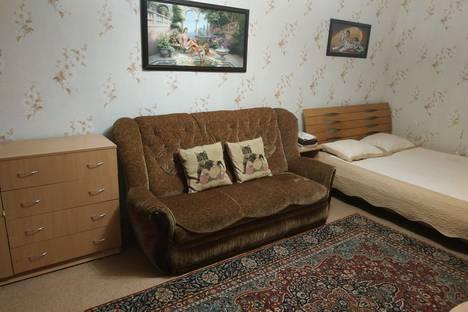 Сдается 1-комнатная квартира посуточно в Севастополе, Проспект Октябрьской Революции, 35.