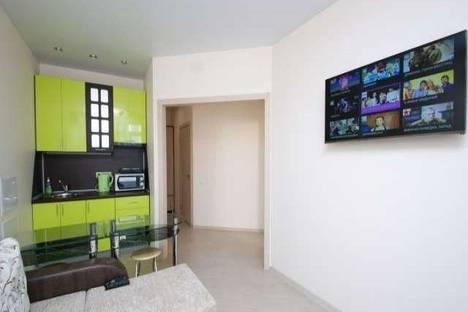 Сдается 2-комнатная квартира посуточнов Волгограде, улица Новороссийская, 8.