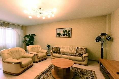 Сдается 3-комнатная квартира посуточно в Иркутске, Партизанская 112/4.