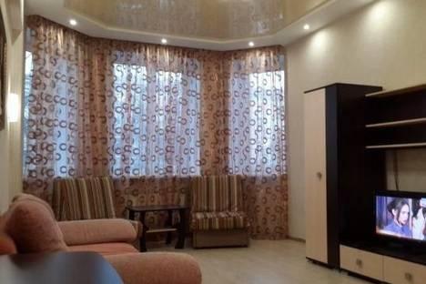 Сдается 2-комнатная квартира посуточно в Нижнем Тагиле, Ленина проспект, д. 71.