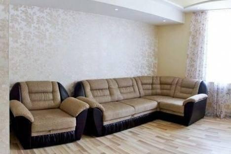 Сдается 2-комнатная квартира посуточно в Нижнем Тагиле, Циолковского улица, д. 28.