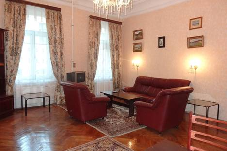 Сдается 2-комнатная квартира посуточно в Санкт-Петербурге, Большая Морская 47.