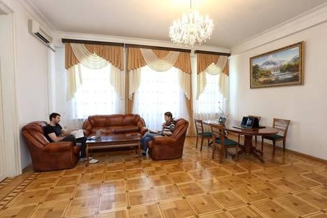 Сдается комната посуточнов Яблоновском, ул. Длинная, 128.