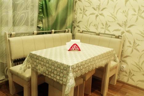 Сдается 2-комнатная квартира посуточно в Курске, ул. Звездная, 19.