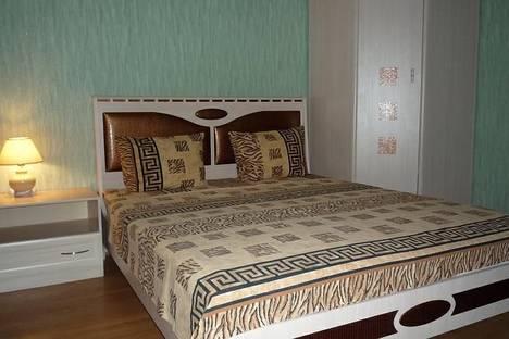 Сдается 1-комнатная квартира посуточно в Ухте, проспект Космонавтов, 30.