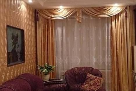 Сдается 2-комнатная квартира посуточно в Ухте, ул.Кремса 6.