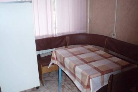 Сдается 1-комнатная квартира посуточнов Щёкине, ул. Спортивная, 9.