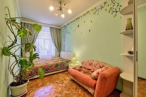 Сдается 2-комнатная квартира посуточнов Санкт-Петербурге, Маяковского 24.
