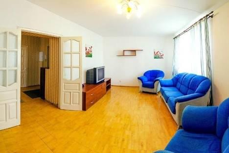 Сдается 2-комнатная квартира посуточнов Екатеринбурге, ул. Авиационная, 59.