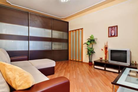 Сдается 1-комнатная квартира посуточнов Ростове-на-Дону, площадь Гагарина, 6.