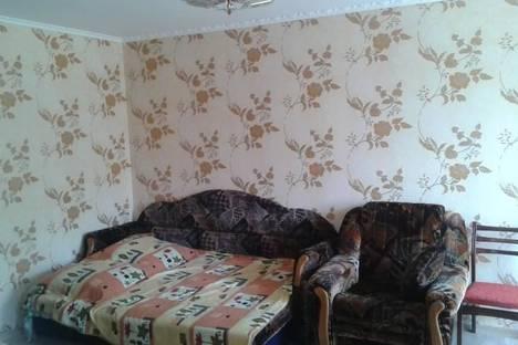 Сдается 2-комнатная квартира посуточно в Партените, 10 улица Солнечная.
