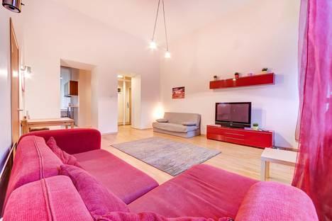 Сдается 3-комнатная квартира посуточно в Санкт-Петербурге, Литейный проспект, 18.